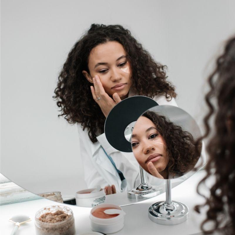 Las mejores cremas antiarrugas y antiedad para mujer en relación calidad precio
